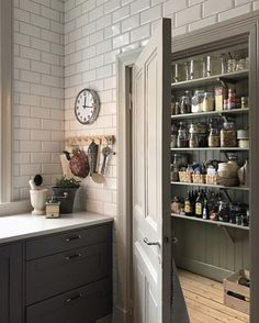 dark grey lower cabinets w/taupey woodwork/trim & doors Cottage Kitchens, Home Kitchens, Pantry Design, Kitchen Design, Kitchen Living, New Kitchen, Kitchen Styling, Kitchen Storage, Home Goods Decor