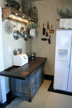 The Kitchn Before & After - Elizabeth's $500 Reno