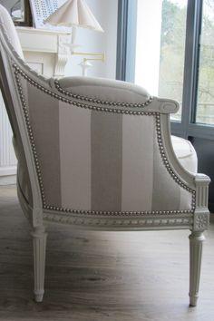 9984f5703a26ef CURRY Table bar L110 cm piétement + plateau blanc Amazone 137 ...