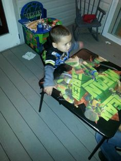 His other turtle table