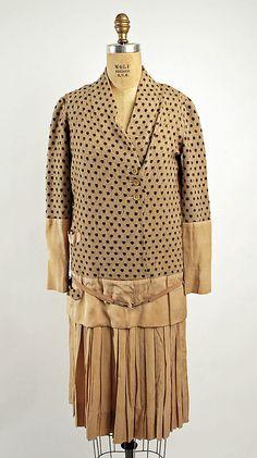 Dress Nellie Harrington (American)  Date:     1928 Culture:     American Medium:     (a, b) cotton, silk (c) leather Dimensions:     (a) Length at CB: 27 1/2 in. (69.9 cm) (b) Length at CB: 38 in. (96.5 cm)