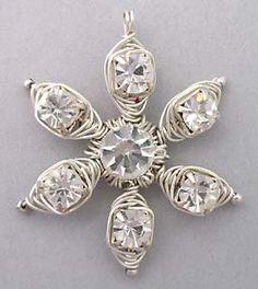 wire wrapped jewelry tutorials | Jewelry tutorial 025: Wire wrapped herringbone flower pendant ...