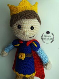 Little Prince Orginal pattern from One and Two Company  #amigurumi #crochet #crochettoys #maskotki #zabwki #szydełko #szydełkowanie #rękodzieło #diy #handmade #yarn #häkeln #ganchillo #Вязаниекрючком #wool #dziergam #amigurumilove #amigurumilicious #prine #książe #księciunio #król #korona #crown #hobby #myhobby #iloveit #robótki #szydełkiem #naszydełku