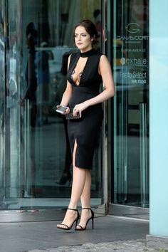 Elizabeth Gillies, Elisabeth, Beautiful Celebrities, Sexy Dresses, Celebrity Style, Sexy Women, Celebs, Actresses, Lady