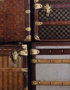 vintage & antique luggage