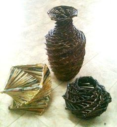 DIY Weaving : DIY Newspaper Vase- Twist Weave