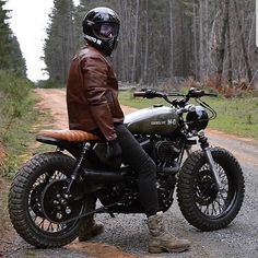 Reposted from We support the tracker & scrambler community and celebrate… Nice shot! Reposted from We support the tracker & scrambler community and celebrate… Honda Scrambler, Enduro, Cafe Racer Motorcycle, Motorcycle Style, Motorcycle Fashion, Street Scrambler, Estilo Cafe Racer, Cafe Racer Style, Cafe Racer Bikes