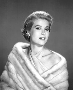 MINK FUR STOLE IN THE LATE 50's EARLY 60's Grace Kelly