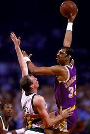 How many  3-point shots did #KareemAbdulJabbar make in his 20yr #NBA career? D/L Free www.nbabasketballquizgame.com?utm_content=buffer1e2a9&utm_medium=social&utm_source=pinterest.com&utm_campaign=buffer