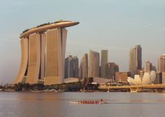 "Moshe Safdie on Marina Bay Sands: a single tower would have been ""unbearable""."