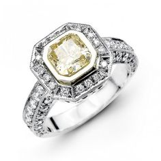 14K White Gold Halo Style Diamond Engagement Ring 0.93 ct tw
