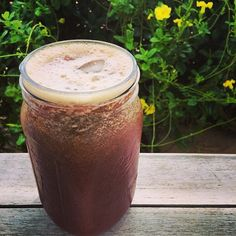 """Today's juice! I had a lot of leftover salad from yesterday (sprouts, red cabbage, tomato and spring greens) so I decided to juice it all with a few…"""