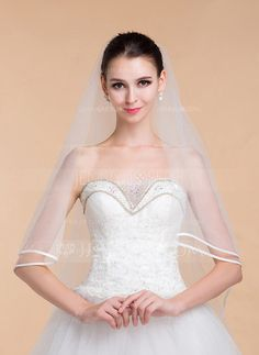 [US$ 14.99] One-tier Ribbon Edge Cathedral Bridal Veils With Ribbon (006096778)