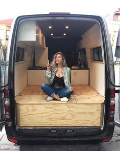 Bed curtain in it 🙂 – Camper removal and on it went! Bed curtain in it 🙂 – Camper removal Auto Camping, Van Camping, Sprinter Van Conversion, Camper Van Conversion Diy, Diy Camper, Camper Life, Motorhome, Safari Condo, Ducato Camper