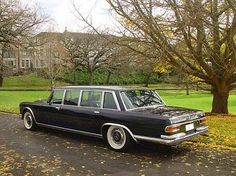 600 Pullman 4 door black in the park