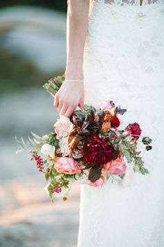 burgundy wedding bou