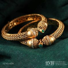 Look amazingly stylish with this charming piece of jewelry. This pair of traditional bangles features a artistic design. Dare to dazzle like a fairy princess with this pair of gold bangles.Gold Purity: 29 May 2018 Gold Bangles Design, Gold Earrings Designs, Silver Bangles, Jewelry Design, Silver Jewelry, Necklace Designs, Indian Jewelry, Diamond Jewelry, Antique Jewelry