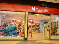 Jucarii, carti si alte articole pentru copii si adolescenti - toate le fac cu ochiul prichindeilor si parintilor care trec pragul magazinului Tinkerbella din Mall SUN PLAZA Bucuresti. Si fiindca #retail-ul nu este o joaca, dar poate fi la fel de placut, magazinul a ales sa-si eficientizeze operatiile cotidiene de gestiune si vanzare prin intermediul unei solutii integrate cu #software SmartCash POS: http://www.magister.ro/portfolio/magazin-tinkerbella-sun-plaza-bucuresti/