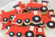 All aboard the Train Birthday express with these vibrant train cookies. Vintage train party food and cake inspiration to compliment to the Bee Box Parties Train Collection. 2nd Birthday Party Themes, Trains Birthday Party, Party Themes For Boys, Train Party, Birthday Party Decorations, Birthday Ideas, Pirate Party, Birthday Bash, Toddler Party Favors