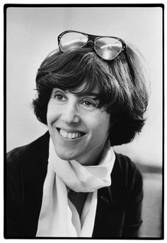 A style-centric tribute to the late Nora Ephron http://www.huffingtonpost.com/2012/06/26/nora-ephron-neck-scarves-turtlenecks_n_1628101.html?utm_hp_ref=style#slide=1147742