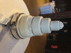 4 tier wedding cake :) xx