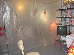 Hanging creepy blood stained plastic sheeting would give the haunted hospital/ insane asylum feel Insane Asylum Halloween, Halloween Zombie, Garage Halloween Party, Halloween Haunted Houses, Halloween Party Decor, Halloween House, Halloween Themes, Haunted House Party, Halloween Ideas
