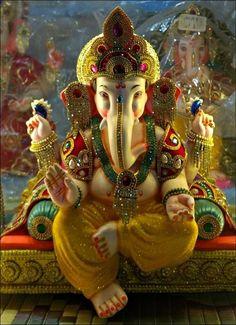 Clay Ganesha, Lord Ganesha, Indiana, Ganesh Idol, Beautiful Flowers, Painting, Wisdom, Wallpapers, Art