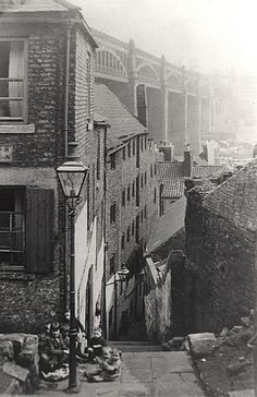 :Long Stairs Newcastle upon Tyne Unknown Old Pictures, Old Photos, Newcastle Gateshead, Old Street, Local History, North East England, Historical Photos, Old Town, Street Photography