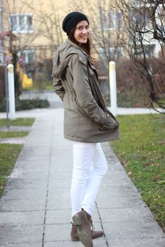 [Outfit] All White. Daniel Wellington, Ralph Lauren, Trends, All White, Parka, Military Jacket, Winter Jackets, Outfits, Fashion