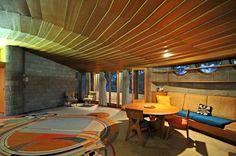 Frank Lloyd Wright architect designed home Phoenix Arizona 1951 Frank Lloyd Wright Style, Frank Lloyd Wright Buildings, Organic Architecture, Architect Design, Beautiful Homes, Mid-century Modern, Boogie Wonderland, Design Inspiration, House Design