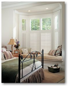 White shutters alternative for bay window with window seat White Shutters, Interior Window Shutters, Wooden Shutters, Interior Windows, Interior Exterior, Shutters For Bay Windows, Luxury Interior, Interior Design, Custom Shutters