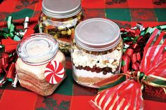 flavor Giving Christmas gifts in a jar