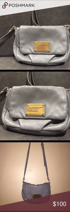 MARC JACOBS GREY LEATHER CROSSBODY Perfect condition, like new Marc Jacobs Bags Crossbody Bags