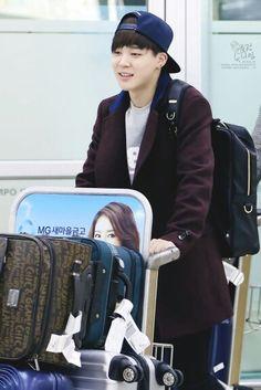 Park jimin's airport fashion