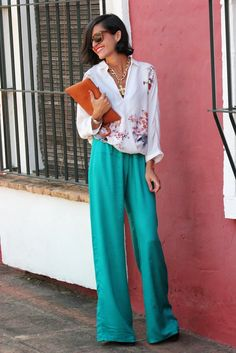 Green Palazzo pants and white top. get the look with SR fashion brands http://www.studentrate.com/fashion/fashion.aspx
