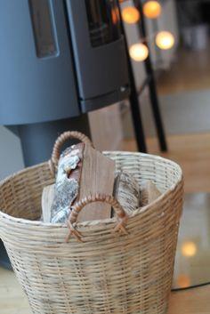 Life's Silverlining and I Foto_Inredning_Resor_Stil & Skönhet: Inredning och blommor. tinek, basket, wood
