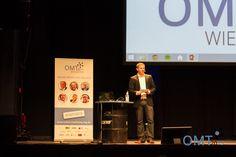 Veranstalter Mario Jung begrüßt die Besucher des OMT 2015