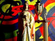 La santeria dentro de los principios mentales como espirituales, es otro camino a estudiar y seguir de acuerdo a sus grandes facetas de secretos de dioses urbanos que han llegado para enseñarnos tantos conocimientos mentales como espirituales. Abatan the master espiritual
