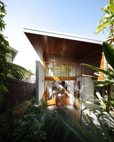 Mountford Road by Shaun Lockyer Architects / New Farm, Brisbane, Australia Residential Architecture, Contemporary Architecture, Interior Architecture, Brisbane Architecture, Creative Architecture, Sustainable Architecture, Amazing Architecture, Modern Interior, Montreal Ville