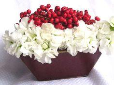 Flower Arrangements - Winter Flowers - Christmas Berry Flowers