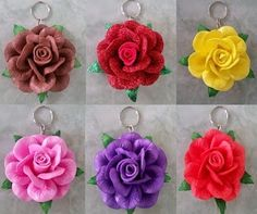 Nylon Flowers, Felt Flowers, Fabric Flowers, Rose Crafts, Flower Crafts, Disney Princess Birthday Cakes, Big Wedding Cakes, Clay Design, Flower Making