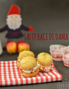 A traditional italian recipe in it's greek and salty version. Baci di Dama Salati! Cookies, Desserts, Recipes, Food, Crack Crackers, Tailgate Desserts, Deserts, Biscuits, Cookie Recipes