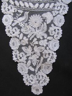 ENGLISH HONITON BOBBIN LACE PANEL WITH BIRD BUTTERFLY and FLOWER MOTIFS 19thC
