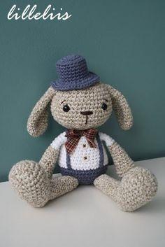 MODELLO  Mister Bunny uncinetto amigurumi giocattolo di lilleliis, $6.50