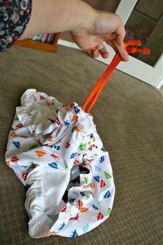 Como hacer una bolsa para tus juguetes 21