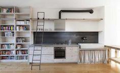 Remodelista: Sourcebook for Considered Living - ladder for loft Big Kitchen, Kitchen Design, Kitchen Workshop, Waterfall Countertop, Black Backsplash, Kitchen Cabinet Styles, Entryway Storage, Kitchen Trends, Kitchen Ideas