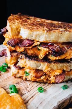 Shredded chicken, hot buffalo sauce, bacon, and cheddar cheese pressed between two crispy and toasted bread. Best sandwich ever! # Food and Drink healthy buffalo chicken Hot Buffalo Chicken and Bacon Grilled Cheese - Smorgaseats Tacos, Tostadas, Grilled Cheese Recipes, Chicken Recipes, Best Grilled Cheese, Bacon Grilled Cheeses, Gormet Grilled Cheese, Vegetable Recipes, Grilled Cheese Burger