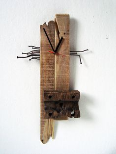 Wall Clock pallet wood rusty nails asseblage by objecta on Etsy, €30.00