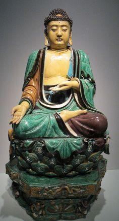 thegiftsoflife:    Ming Dynasty Buddha, C.E 1500-1600 China. San Francisco Art Museum.