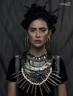 Xi Sinsong & - Fashion calls out a chic warrior cry in the Xi Sinsong 'Wahine' series. The models donned fantastical warrior princess looks filled wit. Jeanne Damas, Hippie Chic, Hippie Art, Boho Chic, Edgy Bohemian, Mode Renaissance, Renaissance Fashion, Beauty And Fashion, Look Fashion